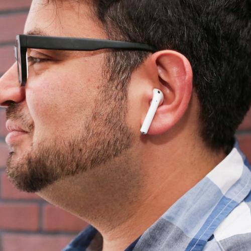 Apple AirPods aren't ridiculous says CNET, we disagree [Photos]